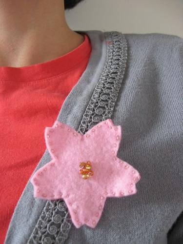 sakura brooch