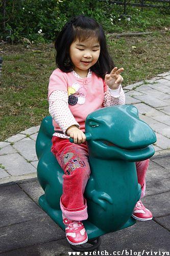 [旅遊.大溪]大溪國小變身假日停車場 @VIVIYU小世界