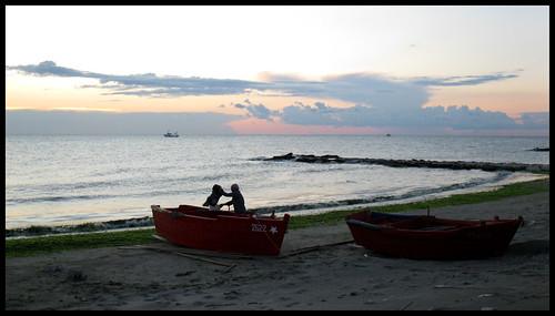 L'alba dei pescatori by [Piccola_iena]