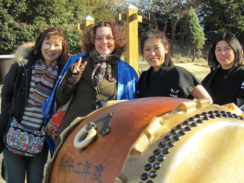Kazue, me & taiko girls