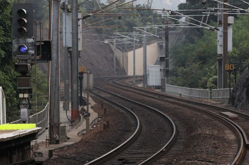 Signal 1802 at University station