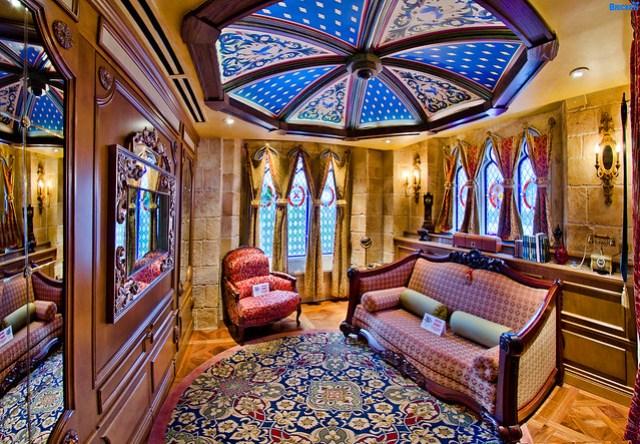 Cinderella Castle Suite Guest Living Quarters