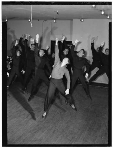 [Portrait of Lee Sherman, Radio City Music Hall, New York, N.Y., ca. June 1947] (LOC)