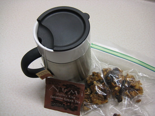 Numi Jasmine Green Tea and granola bar
