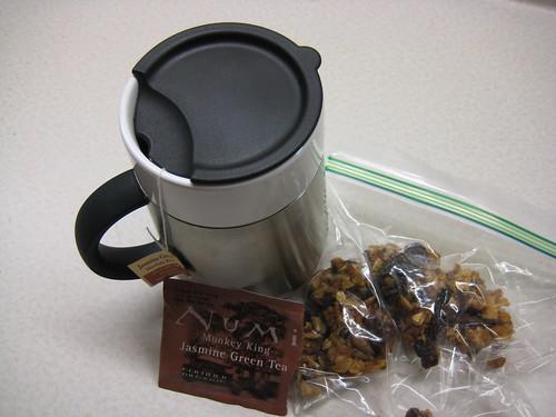 Numi Jasmine Green Tea and granola bar