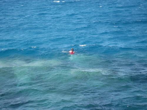 Elli snorkeling