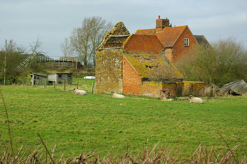 20110306-01_Dilapidated Farm - Lower Shuckburgh by gary.hadden
