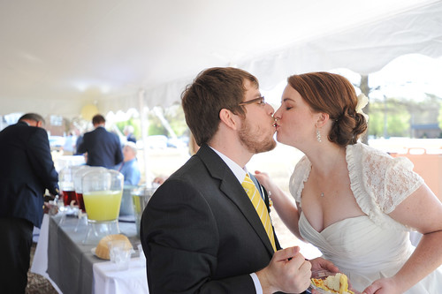Cake Kisses