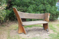 Bench in Apollo Bay (1)