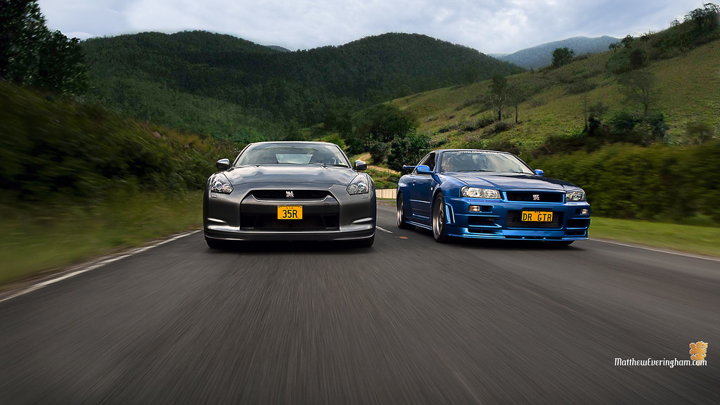 HD Wallpaper - R35 & R34 GTR