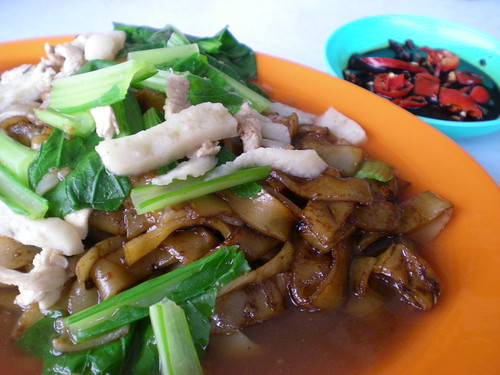 Foochow fried kway teow 2