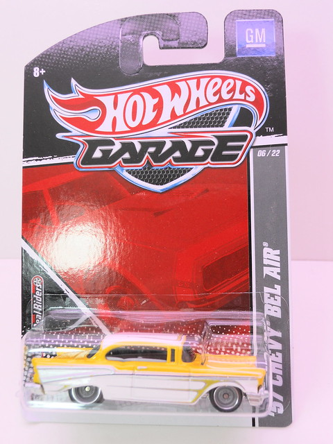 hot wheels garage '57 chevy bel air (1)