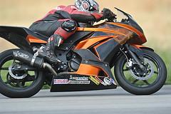 motorcycle_racing_133.jpg