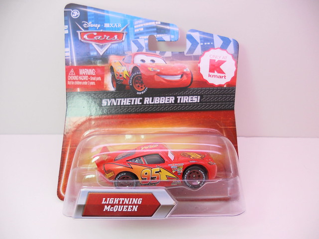 disney cars 2 kmart event 2011 lightning mcqueen rubber tires (1)
