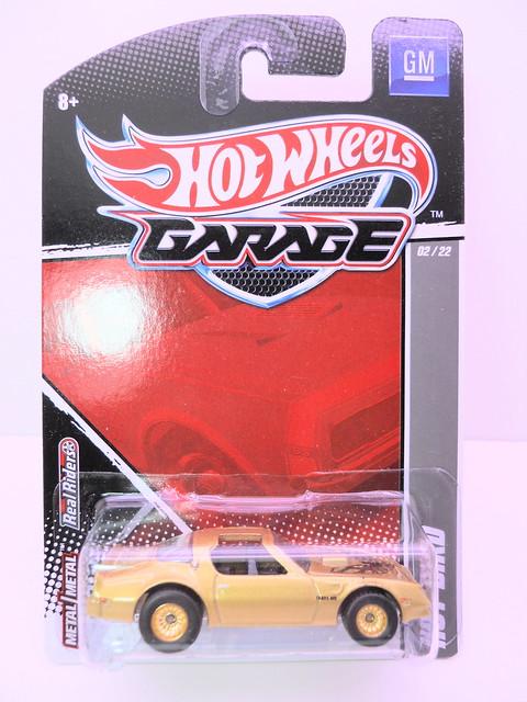 hot wheels garage hot bird (1)