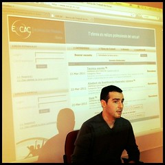 """Pablo Sola presentando """"La Cuerda"""" en clase #ESCILUM (4)"""
