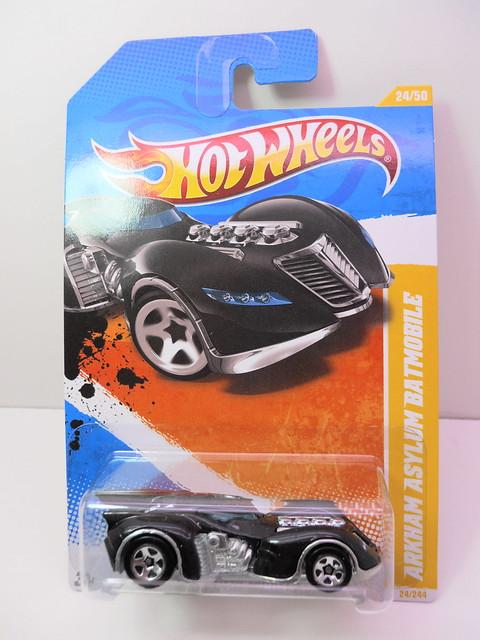 hot wheels arkham asylum batmobile (1)