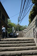 江の島めぐり―岩屋通り(Iwaya St., Enoshima, 2011)