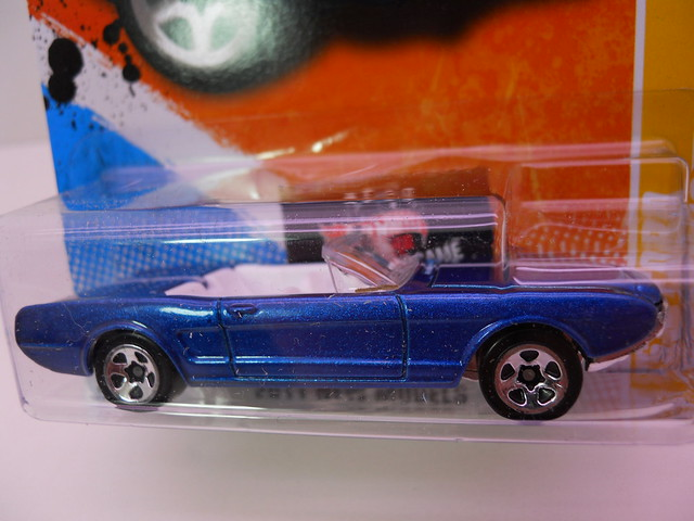 hot wheels '63 ford mustang II concept blue (2)