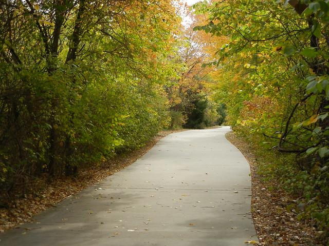 Trail through Spring Creek Nature Preserve