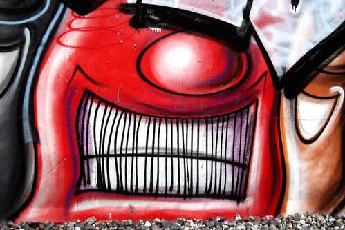 toothy, spraypainted