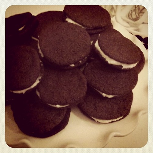 #14daysofchristmas day one: bake cookies. (homemade oreos. nabisco has nothing on me)
