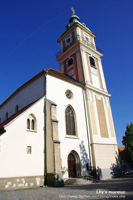 The Stolnica教堂,下面兩張照片也是,從不同角度拍攝。天空上面有UFO飛過。XDD