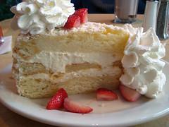Lemoncello Cream Torte™
