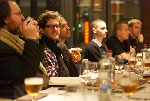 SMpeople doen aan bierproeven
