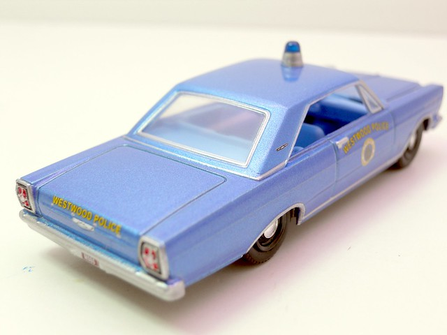 greenlight hot pursuit 1965 ford galaxie westwood police (3)