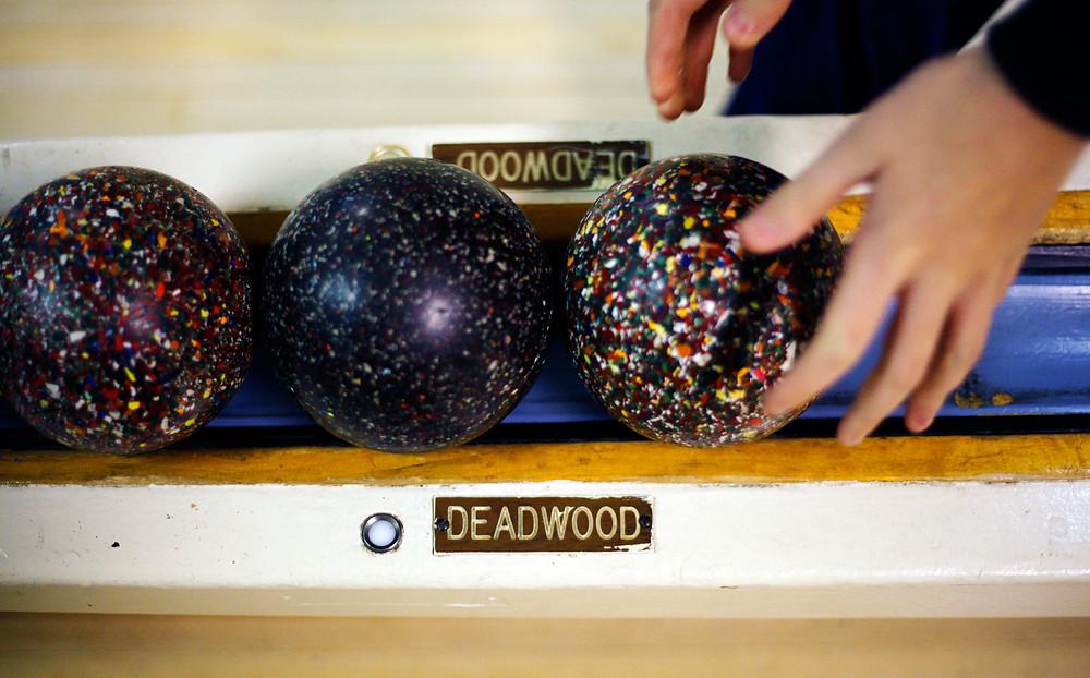 Duckpin bowling machine