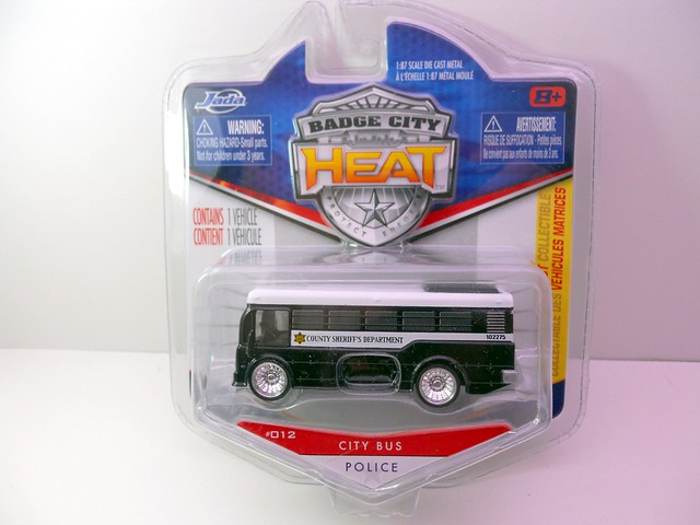 jada toys heat Sheriff city bus (1)