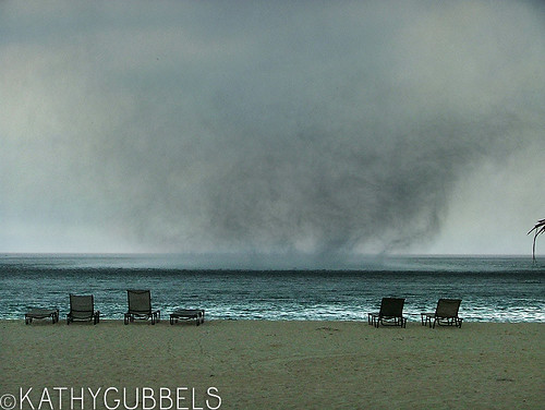 2007-08-26_tornado05