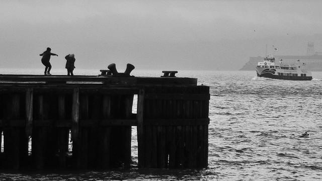 Shoot Me! - Scott Loftesness - New Year's Day 2011 - San Francisco