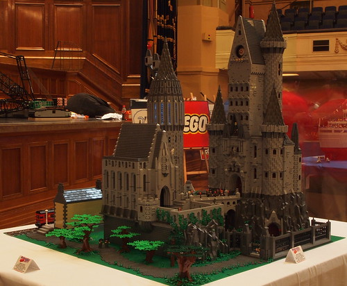 Hogwarts Castle by mr_offset Brickvention2011