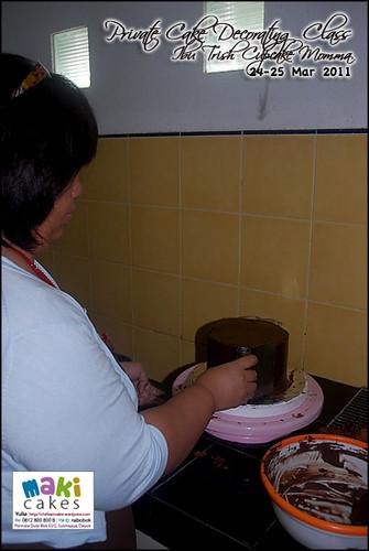 Kursus Birthday Cake- Ibu Trish Cupcake Momma__ - at Maki Cakes