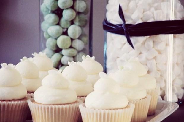 wedding dessert table 2