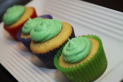 vanilla bean coconut cupcakes dof
