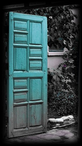 Open Door by kretyen