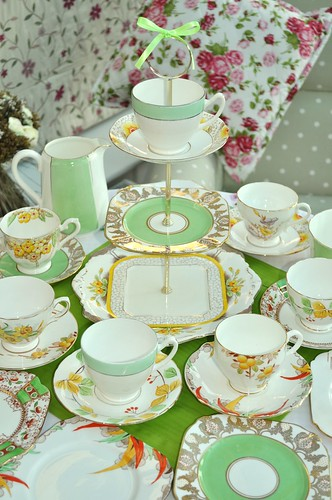 Green and Yellow Art Deco Tea Set