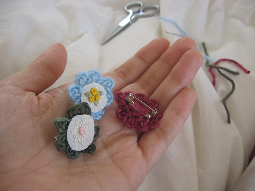 wee bloom brooches