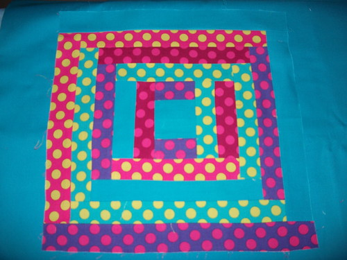 MMQG Bee Block - Andrea