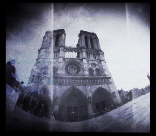 Notre Dame, Paris -Pinhole by Monigote Valencia