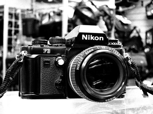 Canon S95 Nostalgic Scene mode black and white