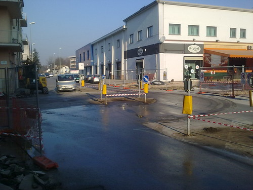 Rotatoria Viale Tevere - Via Po (Frosinone) 1/4