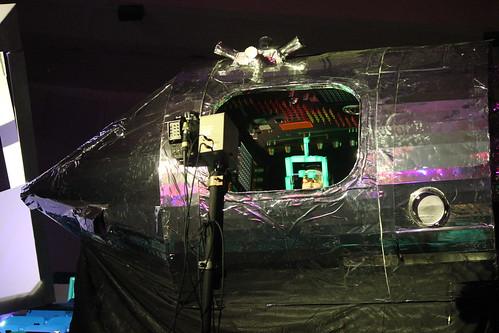 LCD Soundsystem - Shit Robot