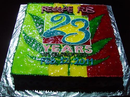 201102110453_reggae-pub-cake