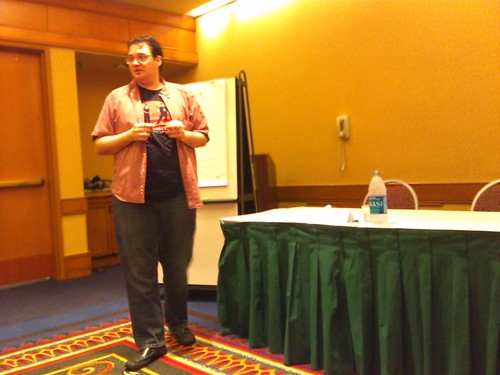 """Brandon Sanderson lectures on """"Sanderson's Second Law"""" during the """"Fantasy Writing"""" panel at JordanCon"""