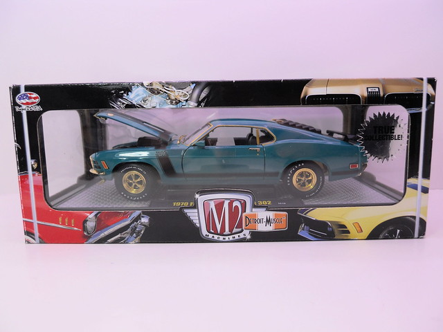 m2 machines 1970 ford mustang boss 302 chase (1)