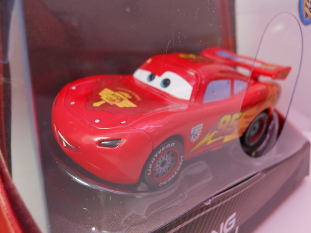 disney cars 2 lights and sound lightning mcqueen (2)
